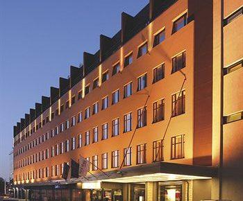Park Inn by Radisson Central