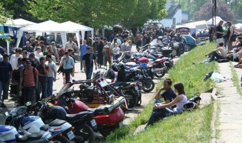 z16617666Q,Moto-Weteran-Bazar-to-impreza-dla-milosnikow-motoc